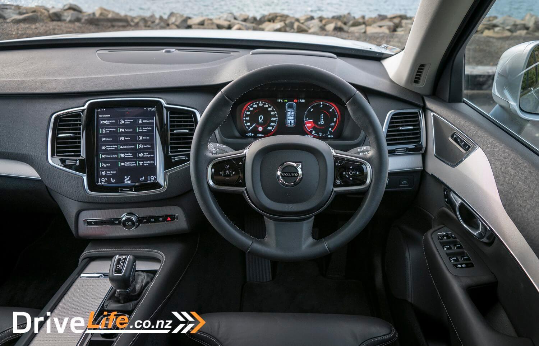 2016-Volvo-XC-90-D5-26