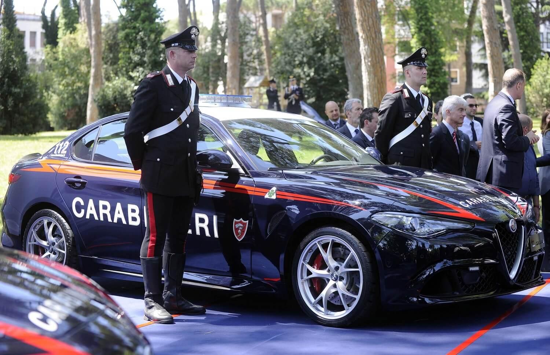 Alfa-Romeo_Giulia-Carabinieri_10