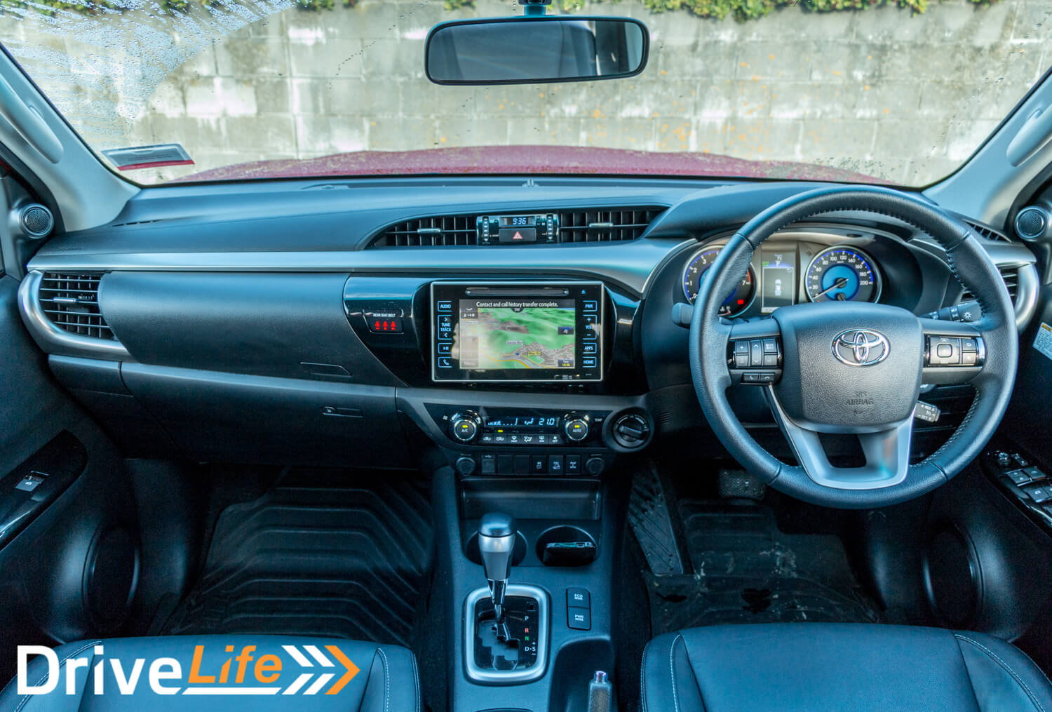 Car-Review-2016-Toyota-Hilux-Limited-4123