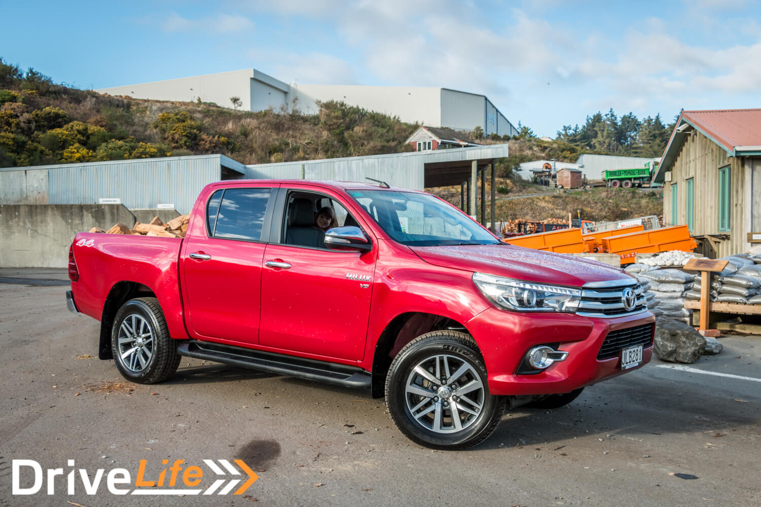 Car-Review-2016-Toyota-Hilux-Limited-4132