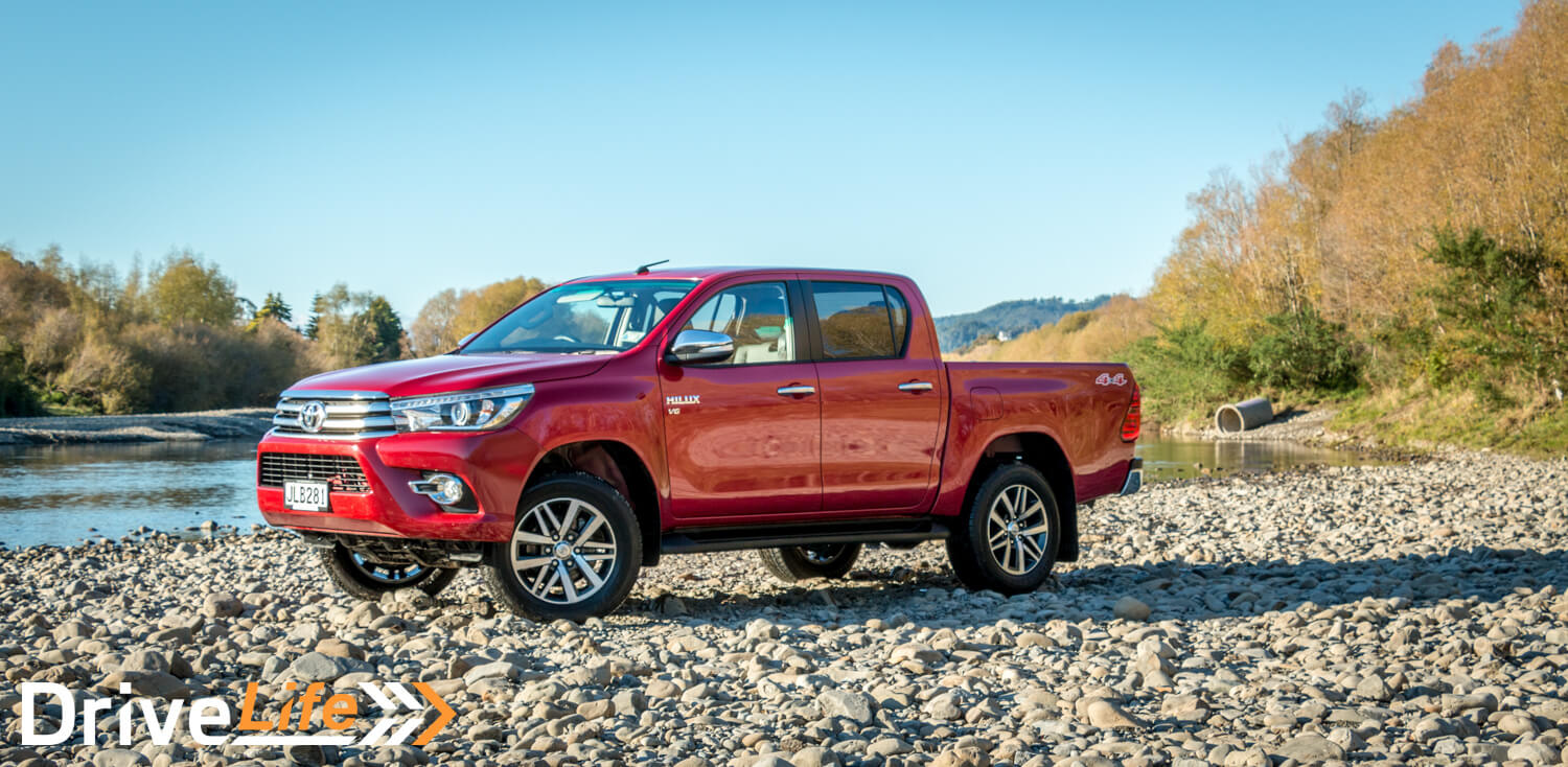 Car-Review-2016-Toyota-Hilux-Limited-4204