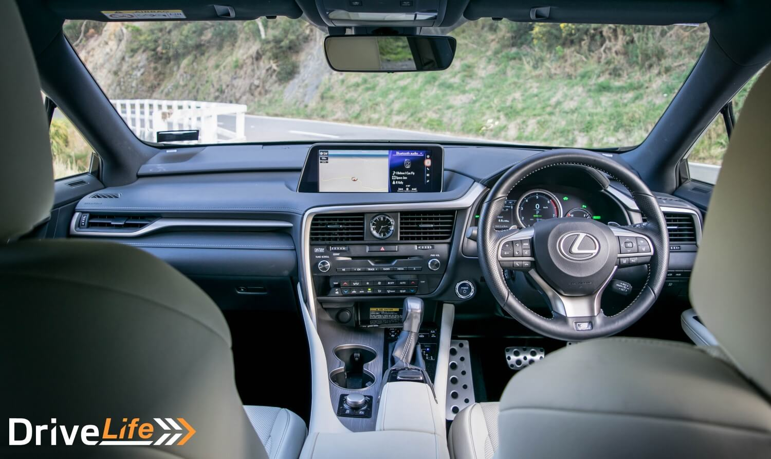 Drive-Life-NZ-Car-Review-Lexus-RX450h-F-Sport-2016-14