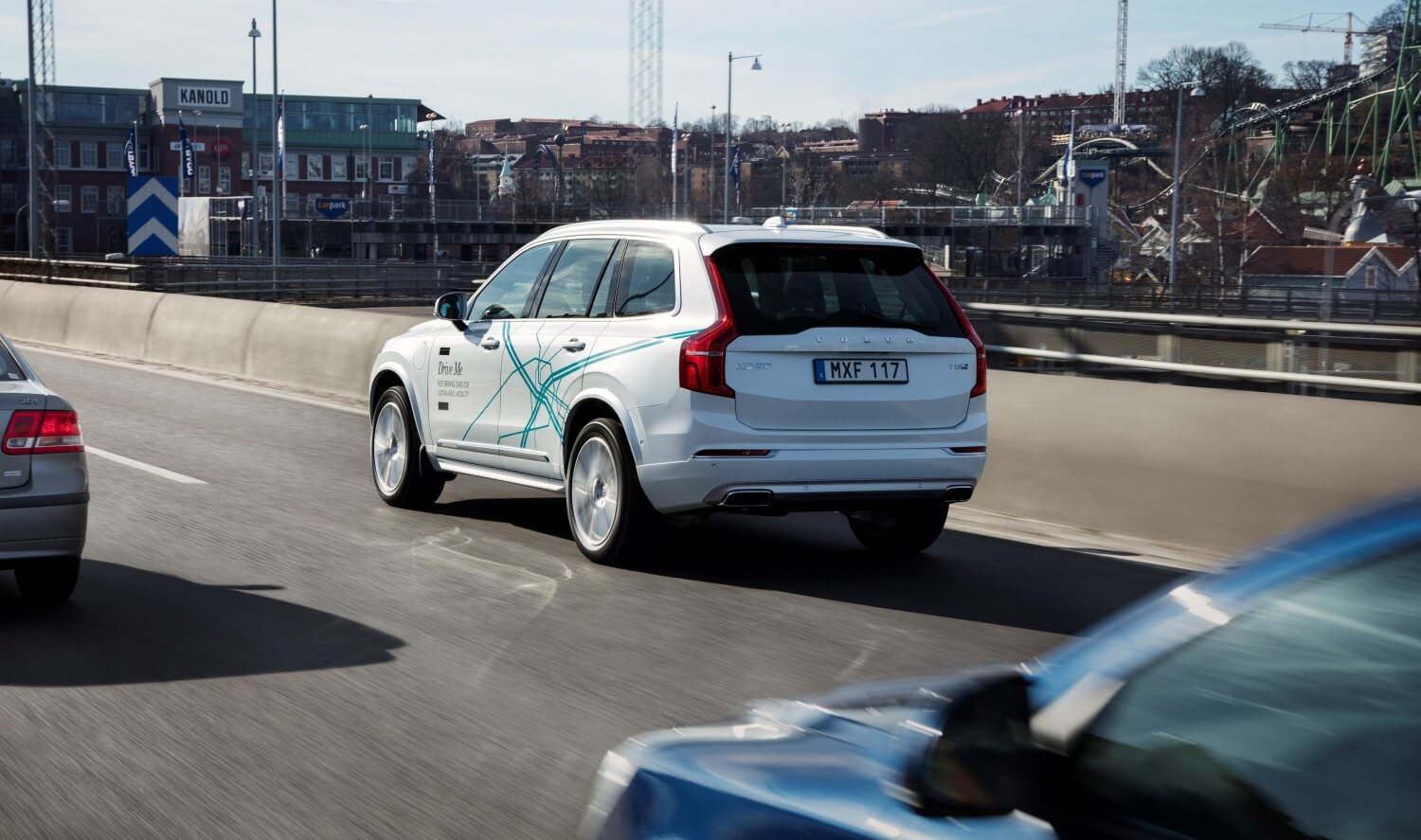 Volvo-Uber-Volvo-XC90-Drive-Me-test-vehicle-02