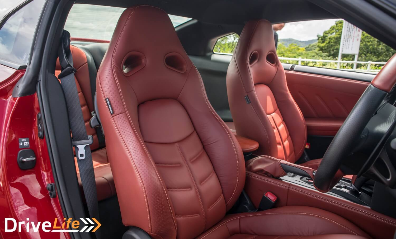 drive-life-nz-car-review-nissan-gtr-interior-04