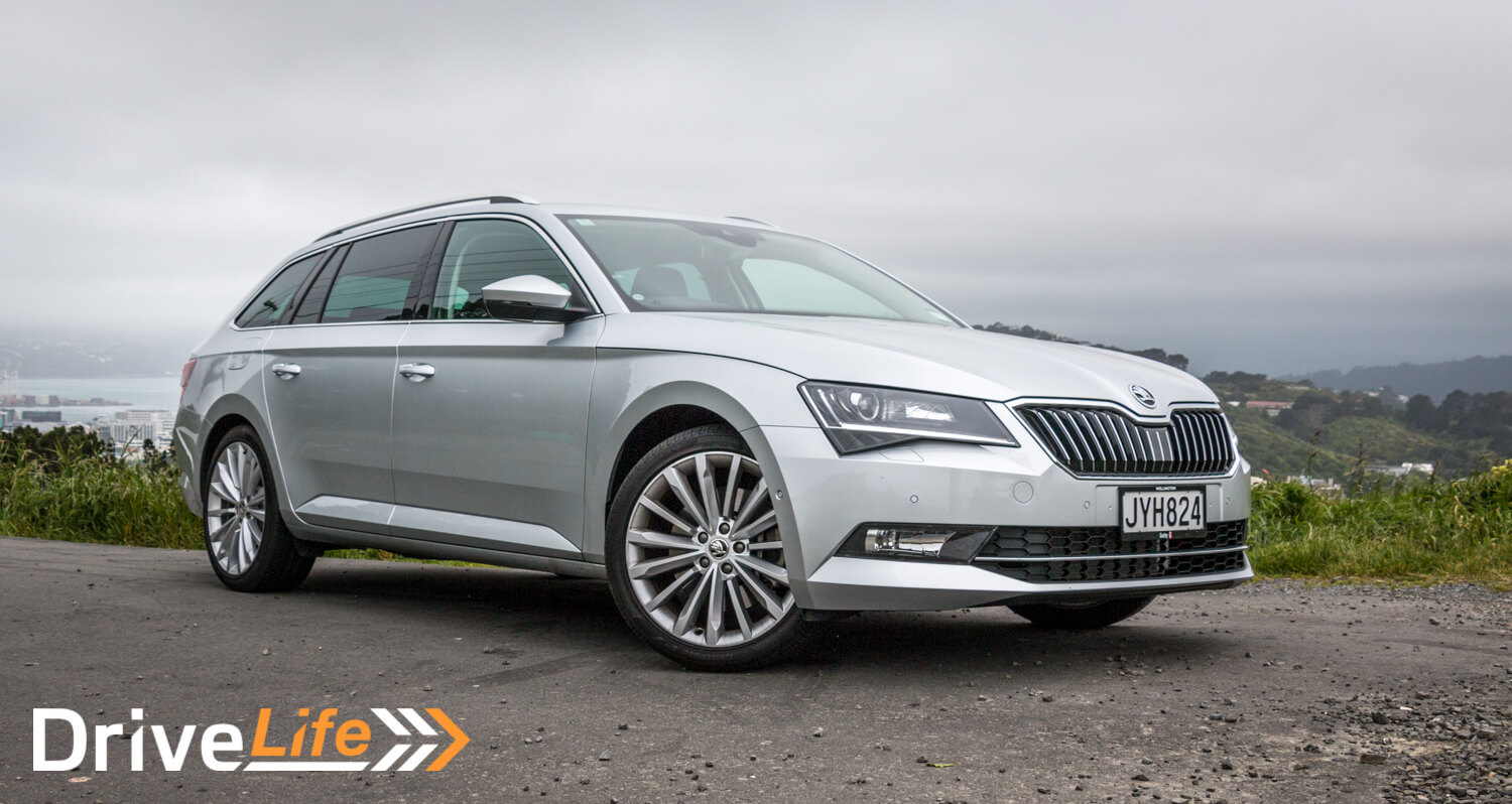 2016-skoda-superb-206kw-car-review-39