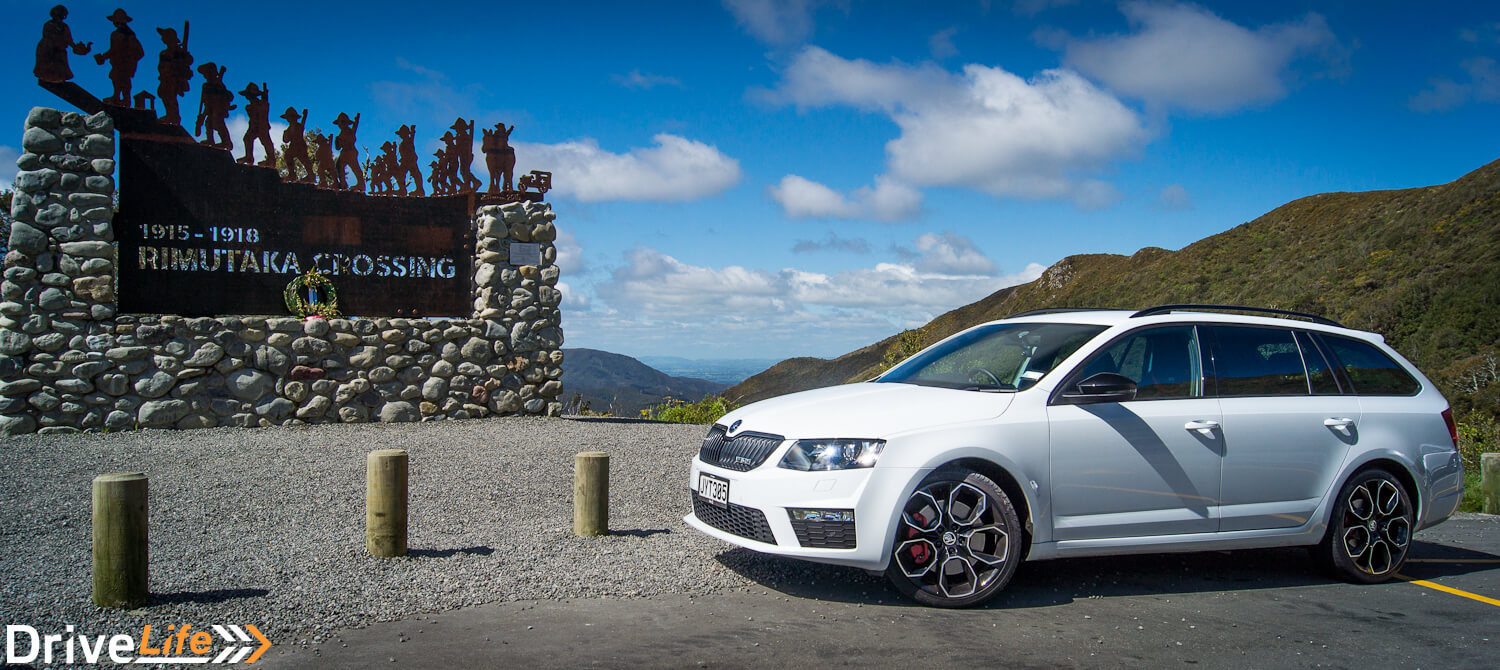 car-review-2016-skoda-octavia-rs230-10