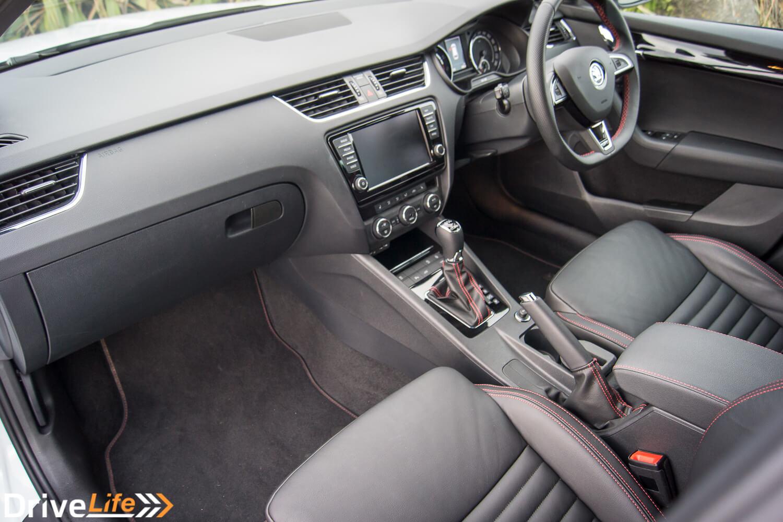 car-review-2016-skoda-octavia-rs230-35