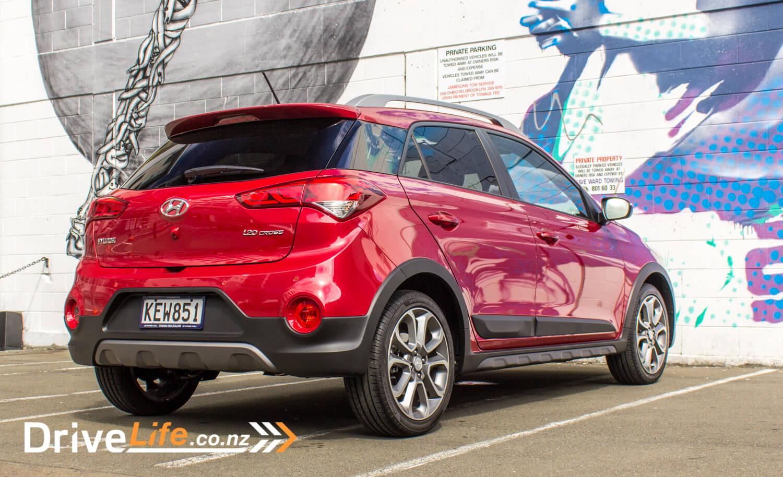 2017 Hyundai i20 Cross – Car Review - stylish, but... - DriveLife DriveLife