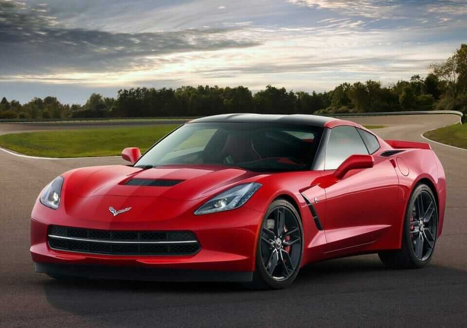 Chevrolet-Corvette_C7_Stingray_01