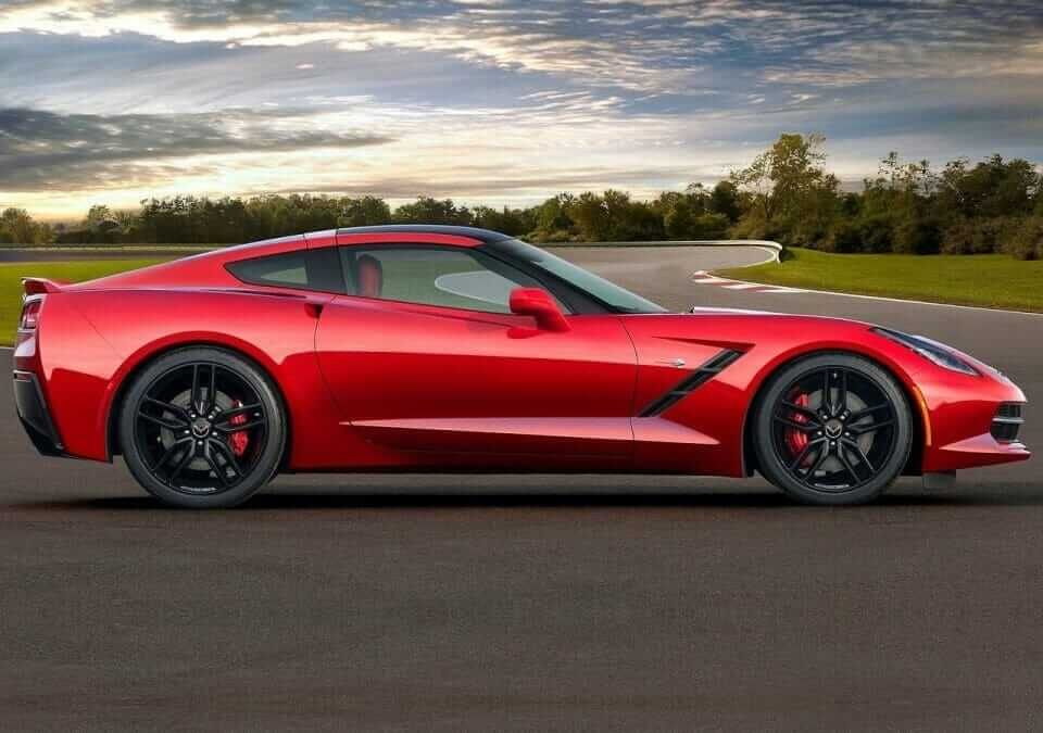 Chevrolet-Corvette_C7_Stingray_03