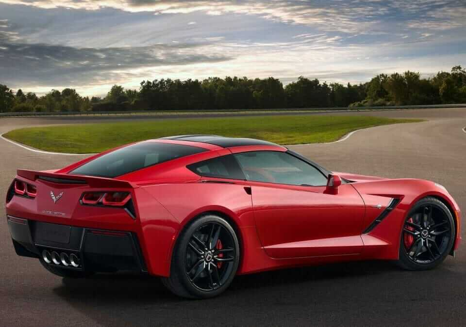 Chevrolet-Corvette_C7_Stingray_05
