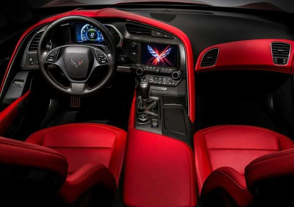 Chevrolet-Corvette_C7_Stingray_06