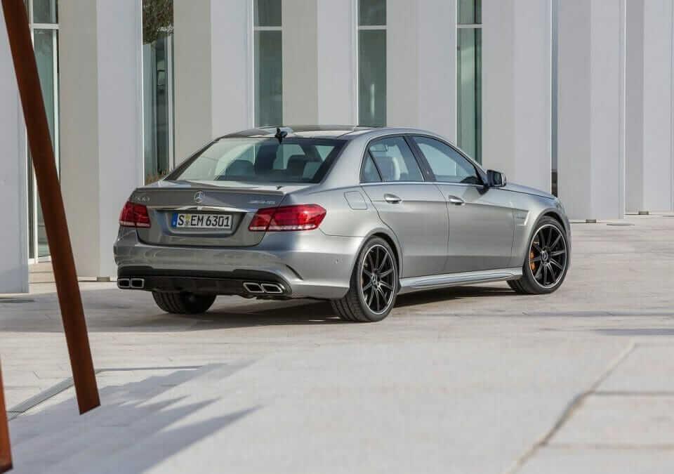 Mercedes-Benz-E63_AMG_02