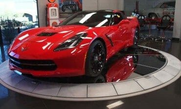 Jay Leno gets first look at the 2014 Chevrolet Corvette Stingray