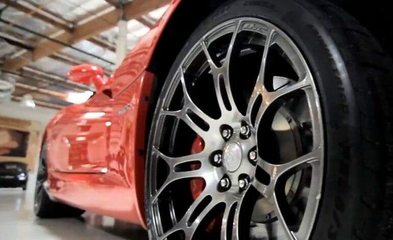 2013 SRT Viper GTS – Jay Leno's Garage
