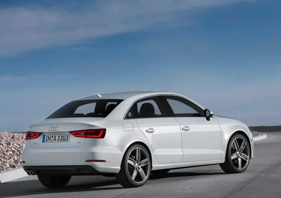 Audi-A3_Sedan_2014_02