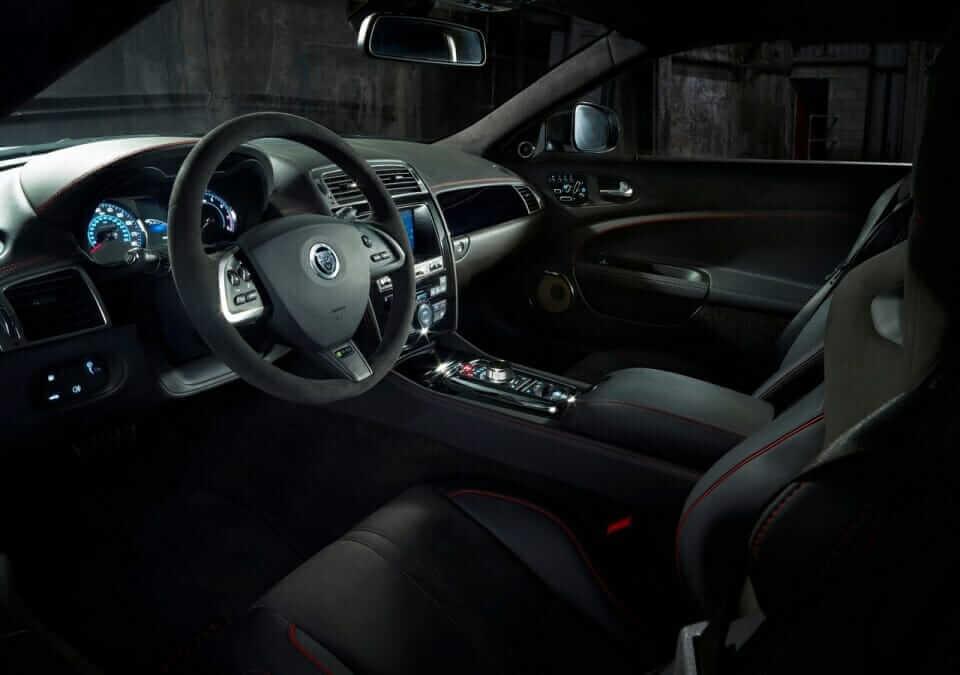 Jaguar-XKR-S_GT_05