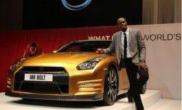 Bolt gets a Gold GT-R