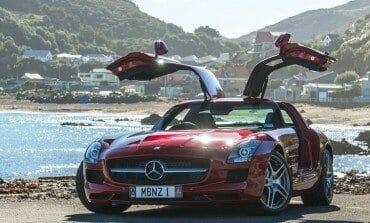 Mercedes-Benz SLS AMG - Photo Feature.