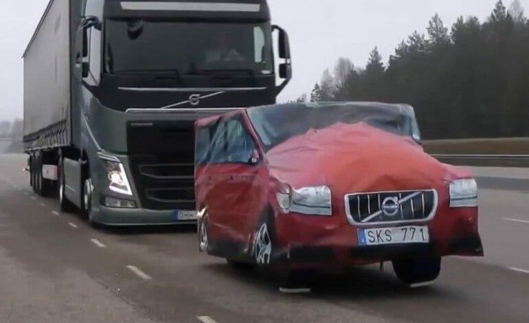 Volvo Tests Trucks New Emergency braking System