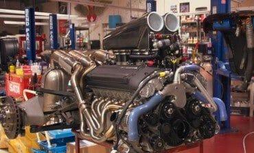 McLaren F1 Engine Extraction - Jay Leno's Garage