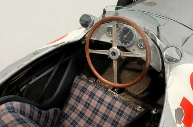 Mercedes-Race-Car-2