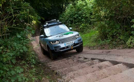 2014-land-rover-range-rover-hybrid-photo-532551-s-520x318