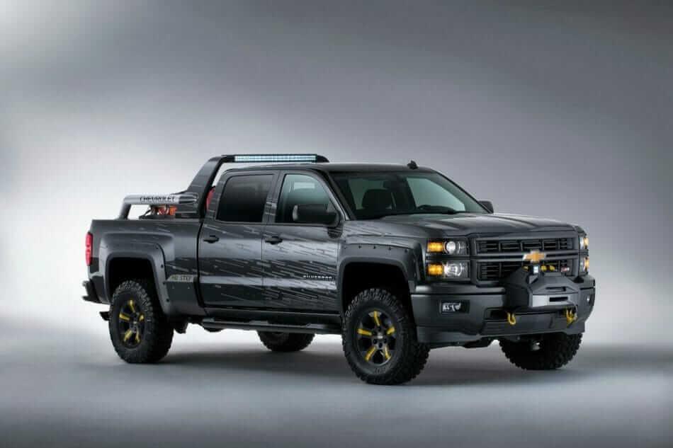 2013-SEMA-Chevrolet-Silverado-BlackOps-1[3]
