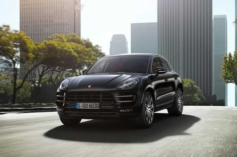 2015-Porsche-Macan-front-three-quarters-in-motion-03