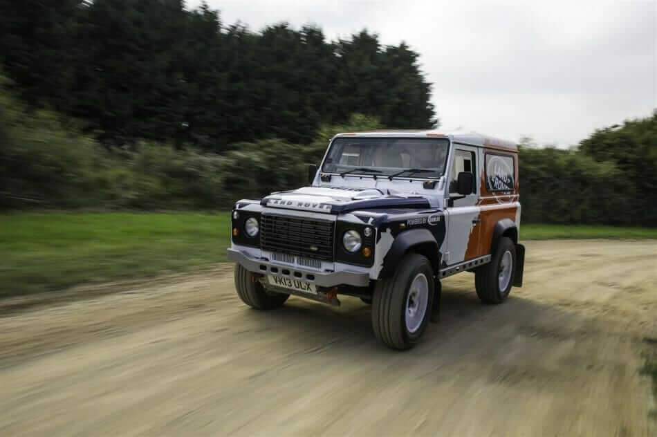 land-rover-defender-challenge-by-bowler-1