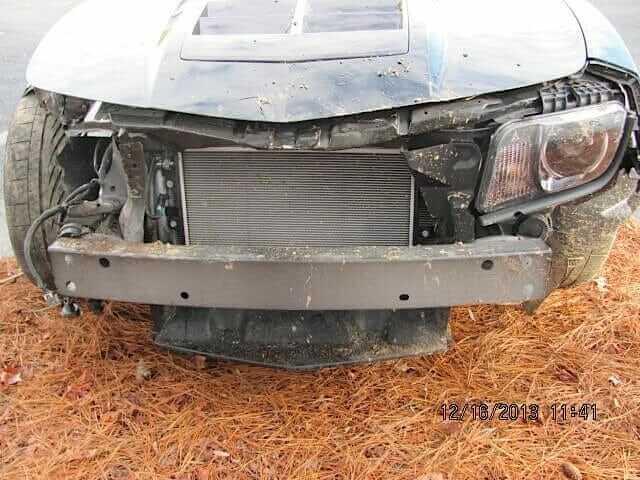 Chevrolet-Camaro-crash-2