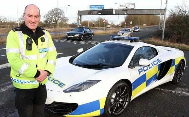 McLaren_Police_Car_01