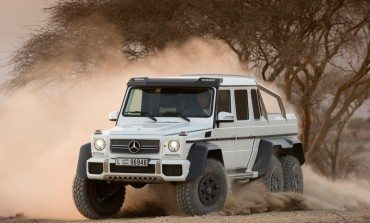 Mercedes G63 6x6 Wagen - The Big Show Off!