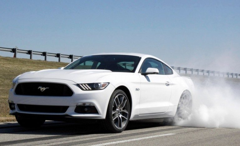 2015 Ford Mustang Line Lock Feature – Pretty Much Just Burnouts