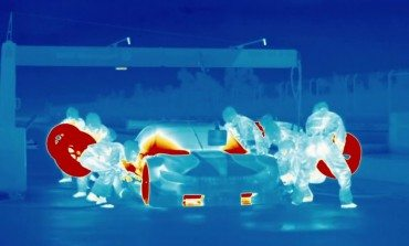 BMW M4 DTM Pit Stop In Awesome Thermal Vision