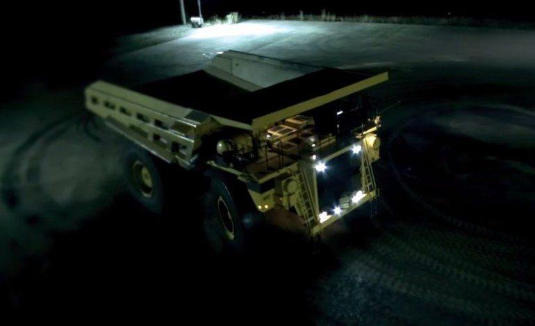 200 Ton Mining Truck, Does it Drift ?