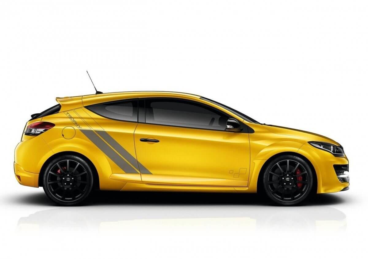 Renault-Megane_RS_275_Trophy_07