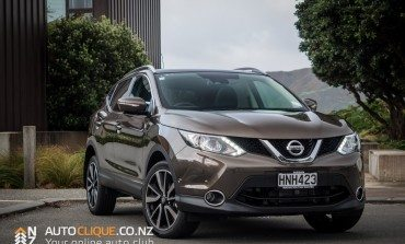 2014 Nissan Qashqai Ti - Car Review - Little Big Car