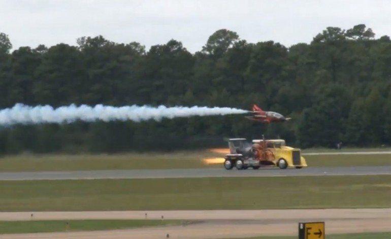 Shockwave The 36,000 Horsepower Truck, Races A 300mph Jet Plane
