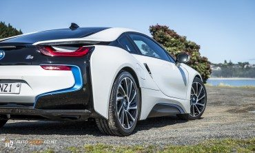 2014 BMW i8 – Car Review –  Is this really how our future will sound ?