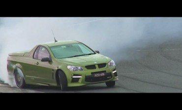 Chris Harris + HSV GTS Maloo = Must Watch Video