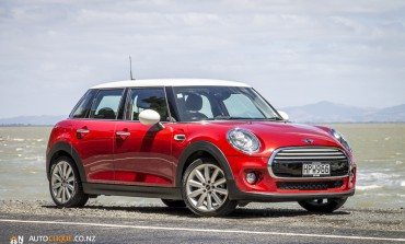 2014 MINI Cooper 5 Door - Car Review - A MINI for the whole family?