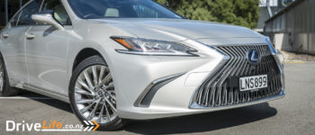 2018 Lexus ES 300h Limited- Car Review - Refined Fuel Efficiency