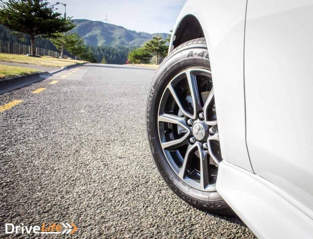 Car-Review-2016-Mitsubishi-lancer-gsr-3