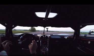 Koenigsegg Beats Its Own 0-300-0 Record Time, Hands Free.