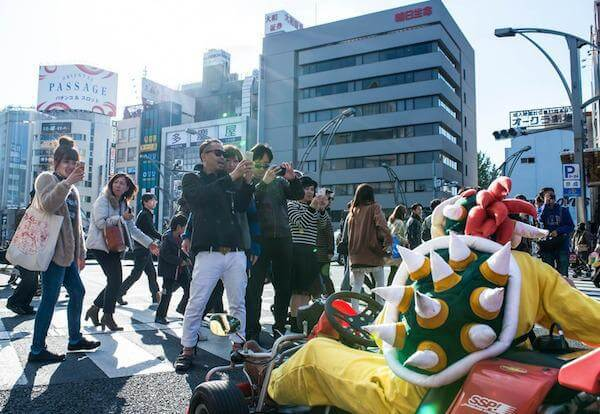 real-life-mario-kart-takes-over-the-streets-of-tokyo-5