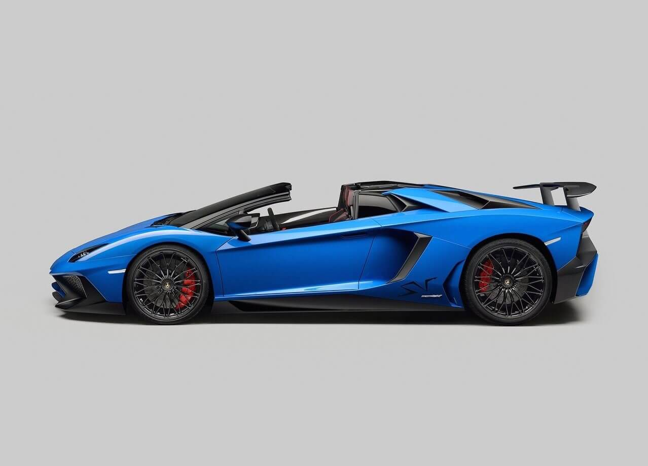 Lamborghini-Aventador-SV-Roadster-2