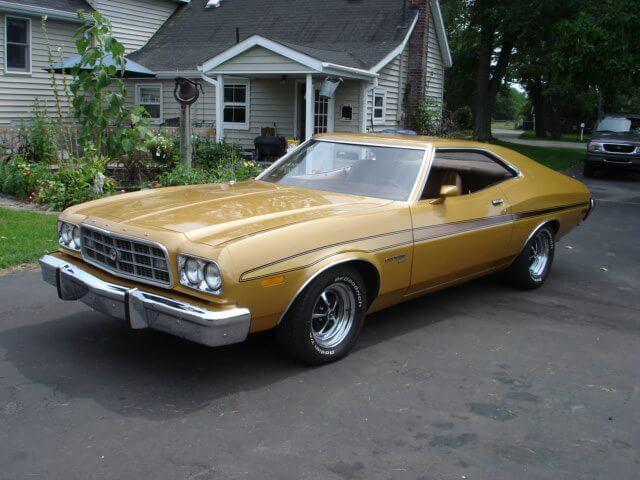 1973_Ford_Gran_Torino_Sport
