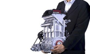 Nissan's Impressive and Tiny 400bhp Engine