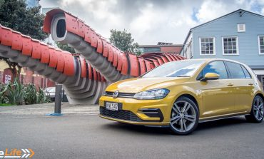 2017 Volkswagen Golf TSI R-Line - Car Review - Quintessentially Golf